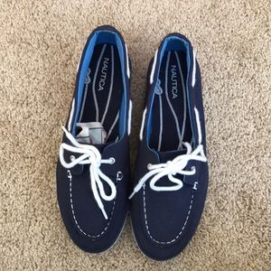 Nautica size 8.5, pinecrest canvas boat shoes .